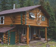 Halfway Lodge Backcountry Accommodation in Banff, Canadian Rockies with Banff Trail Riders