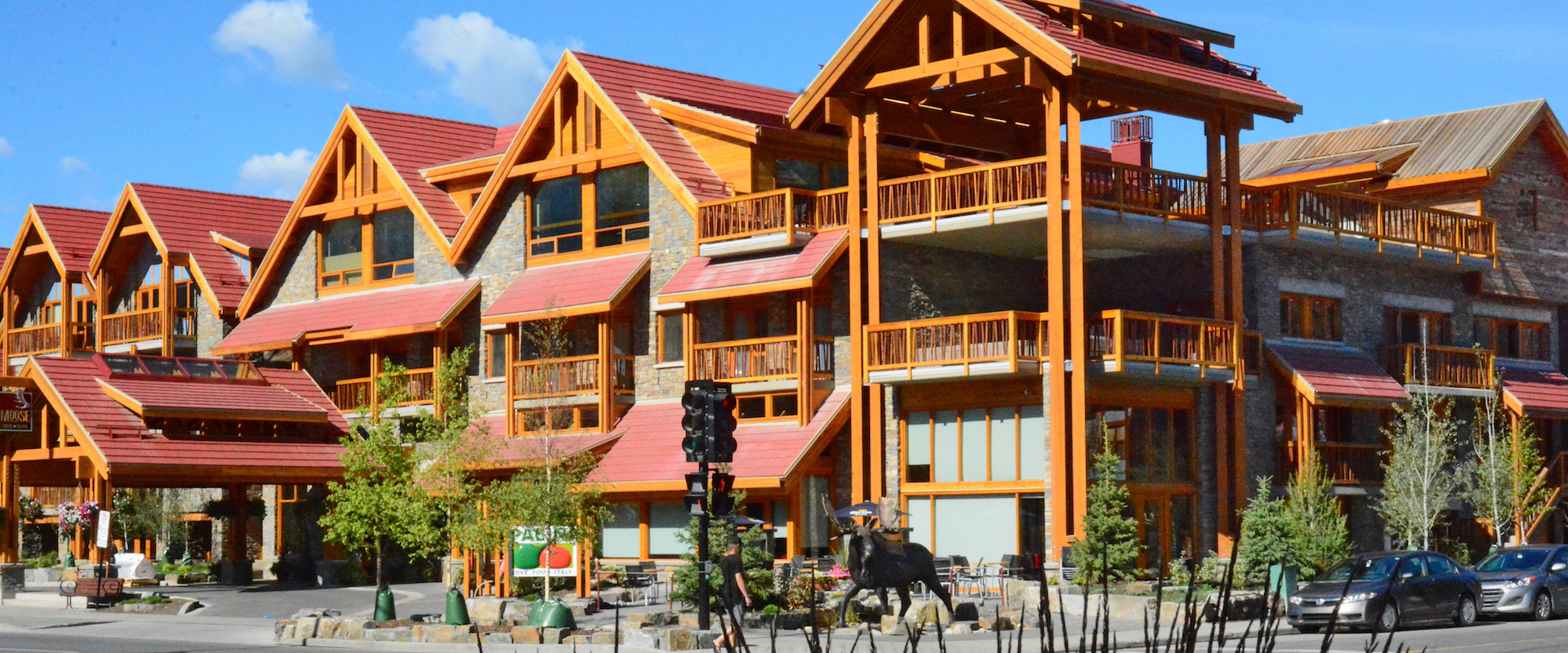 Moose Hotel and Suites Exterior in Summer in Banff, Canadian Rockies