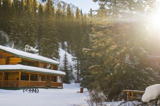 Sundance Lodge Winter Log Cabin in Banff, Canadian Rockies