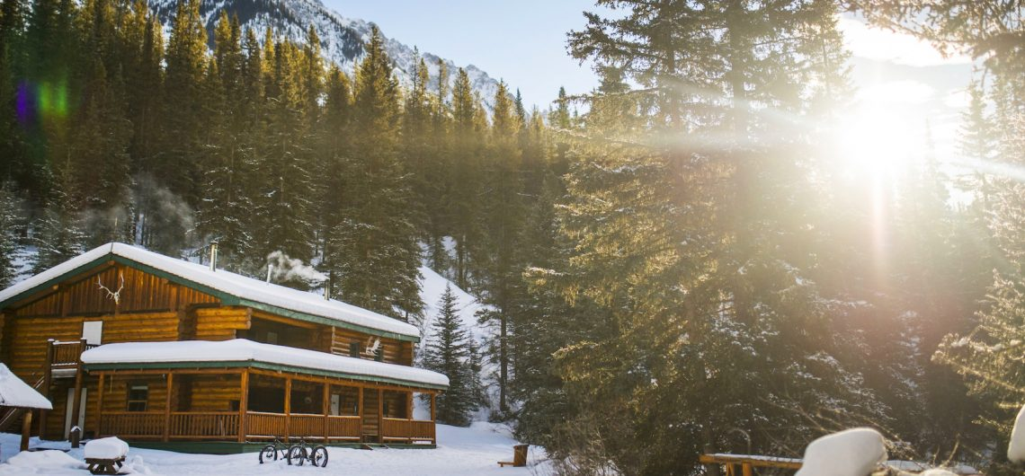 Sundance Lodge in Banff, Canadian Rockies with Banff Trail Riders